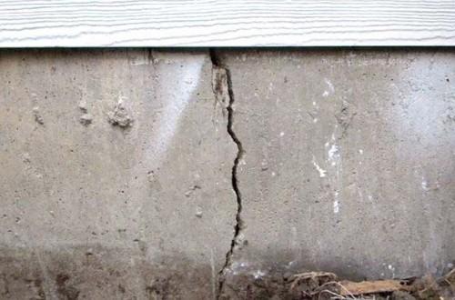 лопнул бетон