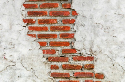 Подготовка стен под штукатурку: основные правила и нюансы