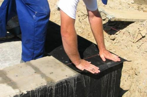 Горизонтальная гидроизоляция фундамента: виды и материалы