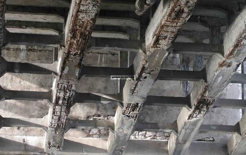 Виды коррозии бетона, способы предотвращения его разрушения